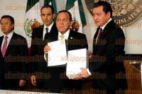 M�xico, D.F, 1 de septiembre de 2015.- En la C�mara de Diputados, senadores y diputados recibieron el III Informe de Gobierno del presidente Enrique Pe�a Nieto y los posicionamientos de los partidos pol�ticos.