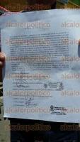 Mendoza, Ver., 2 de septiembre de 2015.- Integrantes de la organizaci�n Alianza Ciudadana se manifestaron en las oficinas de la CAEV, bloqueando la calle. Exigen una tarifa preferencial para personas de escasos recursos.