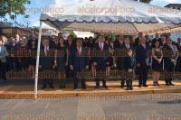Xalapa, Ver., 3 de septiembre de 2015.- El titular de la Secretar�a de Finanzas y Planeaci�n, Antonio G�mez Pelegr�n, acudi� a la guardia de honor ante el monumento de Miguel Hidalgo en el parque Los Berros.