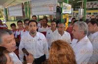 Veracruz, Ver., 3 de septiembre de 2015.- Se inaugur� una planta que produce etanol anhidro a partir de sorgo dulce, en el Instituto Tecnol�gico de Veracruz; el combustible obtenido podr�a utilizarse en autom�viles y otros veh�culos en lugar de gasolina y di�sel.