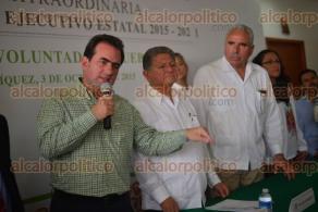 Xalapa Ver., 3 de octubre de 2015.- Presentaci�n y toma de protesta de los nuevos integrantes de la asociaci�n pol�tica estatal