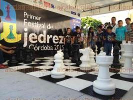 C�rdoba, Ver., 3 de octubre de 2015.- 1er. Festival y Torneo Nacional de Ajedrez C�rdoba 2015, iniciativa para fomentar este deporte, el cual permite al jugador desarrollar estrategias cognitivas y f�sicas b�sicas.