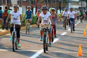 Veracruz, Ver., 4 de octubre de 2015.- Autoridades municipales encabezaron el evento