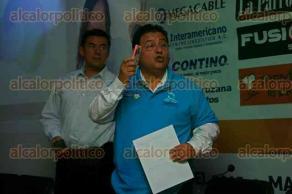 Veracruz, Ver., 8 de octubre de 2015.- El presidente de CANACO Veracruz, Belgio Amaya Rizo, se pronunci� en contra del incremento al 3 por ciento a la n�mina. Este se�alamiento lo hizo en la presentaci�n del Sorteo CANACO, que se llevar� a cabo el pr�ximo 6 de diciembre en la Macroplaza.