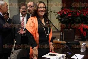 Xalapa, Ver., 25 de noviembre de 2015.- Comparece ante el Congreso del Estado la secretaria de Protecci�n Civil, Yolanda Guti�rrez Carl�n.