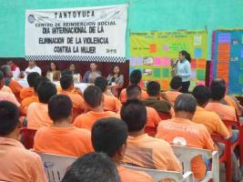 Tantoyuca, Ver., 26 de noviembre de 2015.- Por el D�a internacional de la eliminaci�n de violencia hacia la mujer, se present� la charla