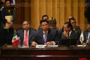 Xalapa, Ver., 27 de noviembre de 2015.- Comparece Gabriel Deantes Ramos, titular de la STPSP ante el Congreso del Estado, como parte de la glosa del V Informe de labores de Gobierno.