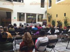 Xalapa, Ver., 28 de noviembre de 2015.- Como parte del programa del coloquio �El paisaje veracruzano, una mirada a trav�s del arte