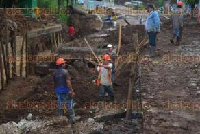 Xalapa Ver., 28 noviembre de 2015.- Vecinos de las colonias Los Pinos y San Bruno no conf�an que el colector pluvial