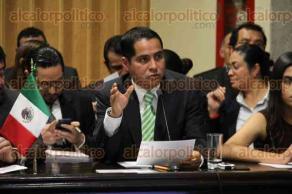 Xalapa, Ver., 30 de noviembre de 2015.- La tarde de este lunes compareci� ante el Congreso del Estado, el secretario de Medio Ambiente, V�ctor Alvarado.
