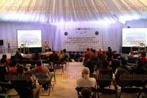 Xalapa, Ver., 30 de noviembre de 2015.- Clausura del Foro de Consulta, Discusi�n y An�lisis del Programa di�logos por Veracruz organizado por la Fundaci�n Colosio.