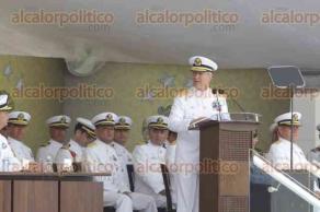 Alvarado, Ver., 1 de diciembre de 2015.- En ceremonia solemne, Vidal Francisco Sober�n Sanz, dijo que escogi� Veracruz para darle la despedida a los tres mandos porque esta escuela es el alma m�ter de todos los integrantes de la Marina-Armada de M�xico.