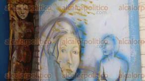 Xalapa, Ver., 7 de febrero de 2016.- La Galer�a �Casa Blanco� celebr� el primer festival del pulque, el cual fue complementado con obra de arte y m�sica en honor a esta legendaria bebida, en los bajos del puente Xallitic.