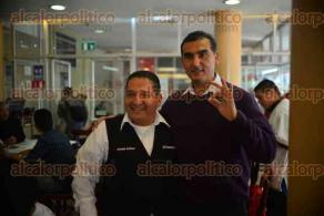 Xalapa, Ver., 8 de febrero de 2016.- Conferencia de prensa de los candidatos independientes por Xalapa Adri�n Mart�n Pineda y Fernando Mart�nez, en conocido caf� de la capital del Estado.