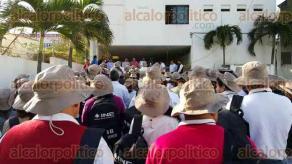 Coatzacoalcos, Ver., 8 de febrero de 2016.- Desde este lunes y hasta el 31 de marzo, la primera etapa de capacitaci�n de casi 39 mil ciudadanos que resultaron sorteados para ser funcionarios de casilla en las elecciones del pr�ximo 5 de junio.