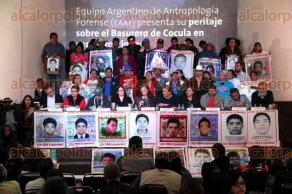 M�xico, CDMX, 9 de febrero de 2016.- Equipo argentino de antropolog�a forense present� peritaje sobre el basurero de Cocula en el caso Ayotzinapa, afirmando y comprobando cient�ficamente que no se registr� el incendio en el que presuntamente se incineraron a los 43 normalistas, el 26 de septiembre de 2014.