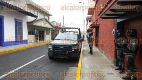 Orizaba, Ver., 10 de febrero de 2016.- Funerales Alameda, lugar donde velan los restos de la reportera de Orizaba Anabel Flores Salazar.