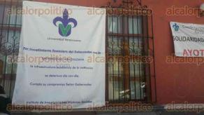 Xalapa, Ver., 11 de febrero de 2016.- En la fachada del Instituto de Investigaciones Hist�rico-Sociales, se coloc� una manta que detalla que por el incumplimiento financiero de Gobierno del Estado la infraestructura acad�mica se deteriora d�a con d�a.