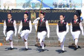 Veracruz, Ver., 12 de febrero de 2016.- Cuarto concurso de escoltas de bandera nacional organizado por el Pentatlh�n Deportivo Militarizado Universitario. Participaron 30 escuelas de nivel b�sico.