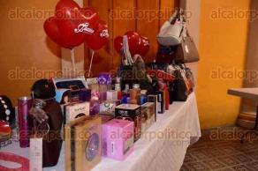 Xalapa, Ver., 12 de febrero de 2016.- El Ayuntamiento inaugur� la expo-venta