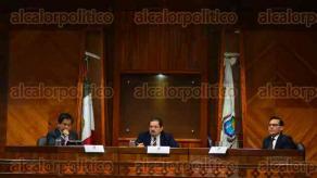Xalapa, Ver., 12 de febrero de 2016.- Sesi�n del Tribunal Electoral de Veracruz (TEV), donde discutieron el tema de la transparencia de datos de aspirantes a candidaturas ante el OPLE.