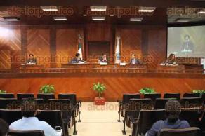 Xalapa, Ver., 28 de abril de 2016.- Sesi�n en el Tribunal Electoral de Veracruz, trataron la denuncia que present� el PRI en contra de Miguel �ngel Yunes Linares.