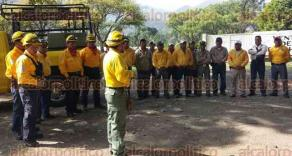Nogales, Ver., 29 de abril de 2016.- Capacitan a brigadistas forestales en el uso de equipo de agua contra incendios forestales.