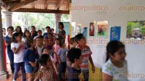 Xalapa, Ver., 30 de abril de 2016.- Como parte del 6� Festival ni�as y ni�os por la naturaleza y el arte, se inaugur� la exposici�n de pintura de