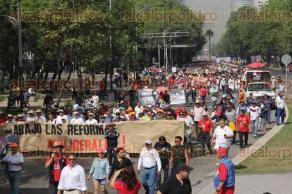 Ciudad de M�xico, 1 de mayo de 2016.- Miles de trabajadores de los sindicatos