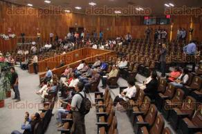 Xalapa, Ver., 2 de mayo de 2016.- Sesi�n en el pleno del Congreso del Estado presidida por la diputada, Octavia Ortega.