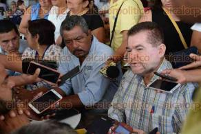 Veracruz, Ver., 2 de abril de 2016.- Militantes panistas se pronunciaron en contra de Miguel �ngel Yunes Linares como candidato a gobernador por la coalici�n PAN-PRD, pues consideran que debido a las acusaciones contra ese individuo, se mancha la reputaci�n del blanquiazul.