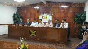 Xalapa, Ver., 2 de mayo de 2016.- Carlos Garc�a M�ndez, rector de la UX, present� el ciclo de conferencias