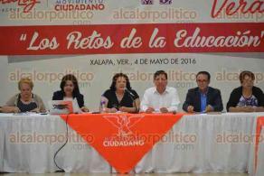 Xalapa, Ver., 4 de mayo de 2016.- Foro: