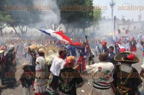 Ciudad de M�xico, 5 de mayo de 2016.- Cientos de habitantes de la colonia Pe��n de los Ba�os representaron la Batalla de Puebla entre Franceses y Zacapoaxtlas; gan� el Ej�rcito Mexicano.