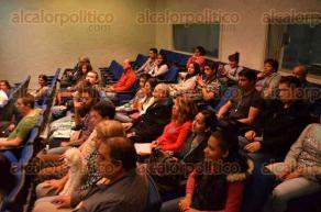 Xalapa, Ver., 6 de mayo de 2016.- En el auditorio de Radio UV se imparti� el taller