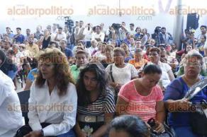 Boca del R�o, Ver., 25 de mayo de 2016.- El dirigente nacional del PRD, Agust�n Basave, acompa�� al candidato a la gubernatura de Veracruz, Miguel �ngel Yunes Linares, durante rueda de prensa.