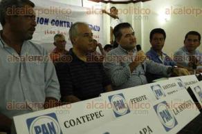 Veracruz, Ver., 29 de mayo de 2016.- Panistas inconformes con la designaci�n de Miguel �ngel Yunes Linares como candidato a la gubernatura de Veracruz, aseguraron que ser� una cuesti�n personal el voto en las urnas a favor de los candidatos blanquiazules el pr�ximo 5 de junio.