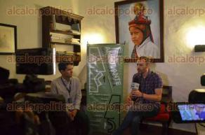 Xalapa, Ver., 30 de mayo de 2016.- Como parte de las actividades de la gira de documentales AMBULANTE, el director de la pel�cula �Hermanas�, Manu Gerosa y la directora de la cinta