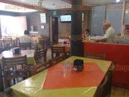 Xalapa, Ver., 31 de mayo de 2016.- El restaurante Principal Chabelita abri� en 1937, en el mercado J�uregui, en donde se mantuvo hasta el incendio de 1952. Despu�s pas� a un local de la calle Clavijero hasta 1990 y, desde esa fecha, se mantuvo en la calle Altamirano, en el centro de la capital.