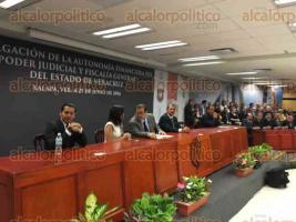 Xalapa, Ver., 27 de junio de 2016.- Ceremonia de Promulgaci�n de la Ley que contiene la autonom�a presupuestal del Poder Judicial del Estado de Veracruz, con la presencia de titulares de los tres poderes del gobierno.