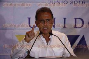 Boca del R�o, Ver., 27 de junio de 2016.- El gobernador electo de Veracruz, Miguel �ngel Yunes Linares, ofreci� una rueda de prensa donde pidi� a diputados locales no aprobar propuestas del actual mandatario estatal.