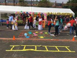 Xalapa, Ver., 28 de marzo de 2016.- Primera Feria de Difusi�n para la Inclusi�n en la Normal Veracruzana �Enrique C. R�bsamen�.