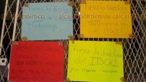 Chicontepec, Ver., 29 de junio de 2016.- Lectora reporta que suspendieron labores en el Instituto Tecnol�gico Superior la ma�ana de este mi�rcoles; el paro es porque piden la destituci�n de la Directora del plantel, por presunto abuso de autoridad.