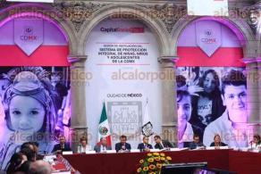 Ciudad de M�xico, 29 de junio de 2016.- El jefe de Gobierno de la CDMX, Miguel �ngel Mancera y el secretario de Gobernaci�n, Miguel �ngel Osorio Chong, encabezaron la instalaci�n del Sistema de protecci�n integral de ni�as, ni�os y adolescentes en la capital del pa�s.