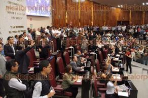 Xalapa, Ver., 30 de junio de 2016.- Sesi�n en el Congreso del Estado en donde se discuti� la cesi�n de Casa Veracruz.