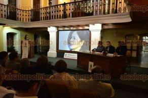 Xalapa, Ver., 30 de junio de 2016.- Presentaci�n del libro