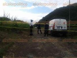 Orizaba, Ver., 1 de julio de 2016.- La ma�ana de este viernes entre ca�averales, sobre el camino comunica a la comunidad de Novillero Chico con Vista Hermosa, fueron encontrados 3 cad�veres.