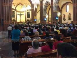 Xalapa, Ver., 24 de julio de 2016.- En misa de este domingo, el arzobispo Hip�lito Reyes Larios hizo un llamado a los legisladores para que den celeridad y cumplan su palabra de autorizar la iniciativa que presentaron a favor de la vida.