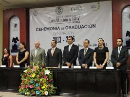 Xalapa, Ver., 25 de julio de 2016.- La ceremonia de entrega de certificados tuvo lugar en el Auditorio �Sebasti�n Lerdo de Tejada� del Congreso del Estado.
