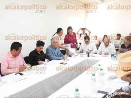 Xalapa, Ver., 28 de julio de 2016.- La Secretar�a de Desarrollo Agrario, Territorial y Urbano inici� la firma de convenios con 29 municipios de Veracruz para rescatar espacios p�blicos y mejorar la calidad de vida de la poblaci�n.